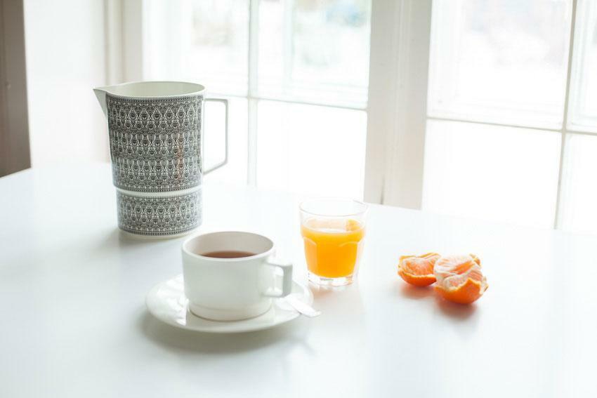 Vaja-Finland-breakfast-pitcher-cup-saucer